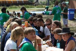 lunch op het kamp